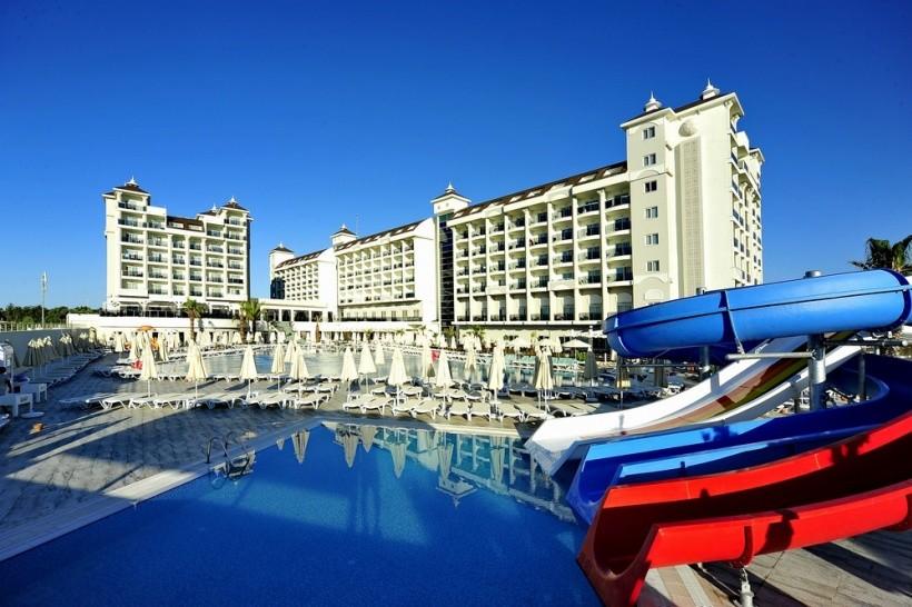 Lake & River Hotel & SPA