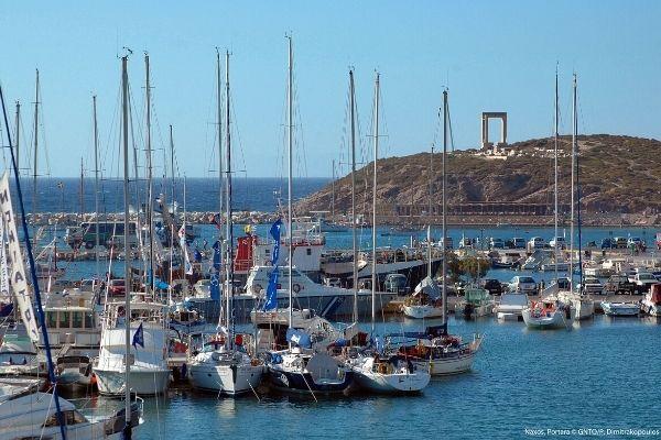 Portara, Naxos; fot.P Dimitrakopoulos; źródło
